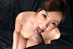 Yoshida Mio Giving Oral Sex Hard Nipples